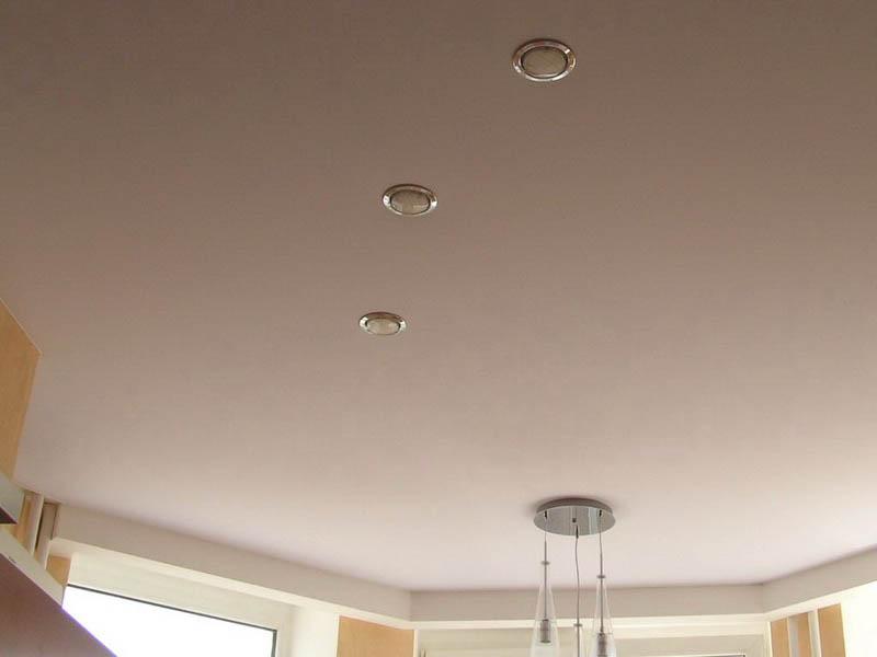 итальянцы приходят стяжка полотен потолков фото фото видна